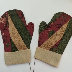 Christmas Glove Decor